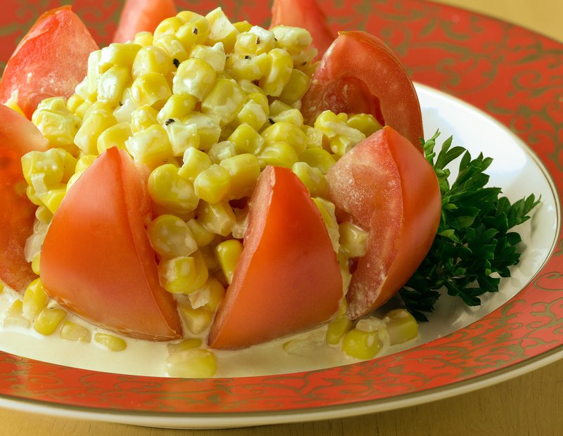 Tomato Star-Corn Salad